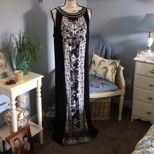 Flattering maxi dress, slimming, sz XL